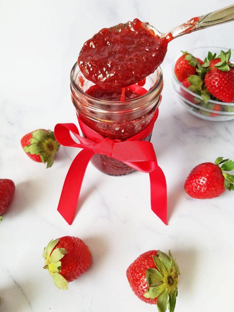 strawberry filling for cake